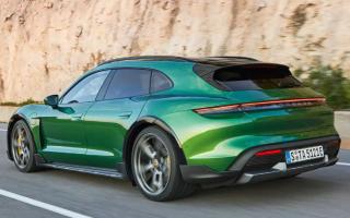 Porsche Taycan Cross Turismo дебютирует с огромной стеклянной крышей и режимом гравия