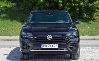 Тест Volkswagen Touareg 3.0 V6 TDI R Line Black