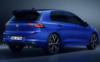 Volkswagen Golf VIII R 2021: 320 л.с. и два новых режима