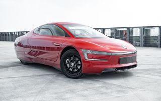 В продажу поступил еще один Volkswagen XL1. Это хорошее вложение