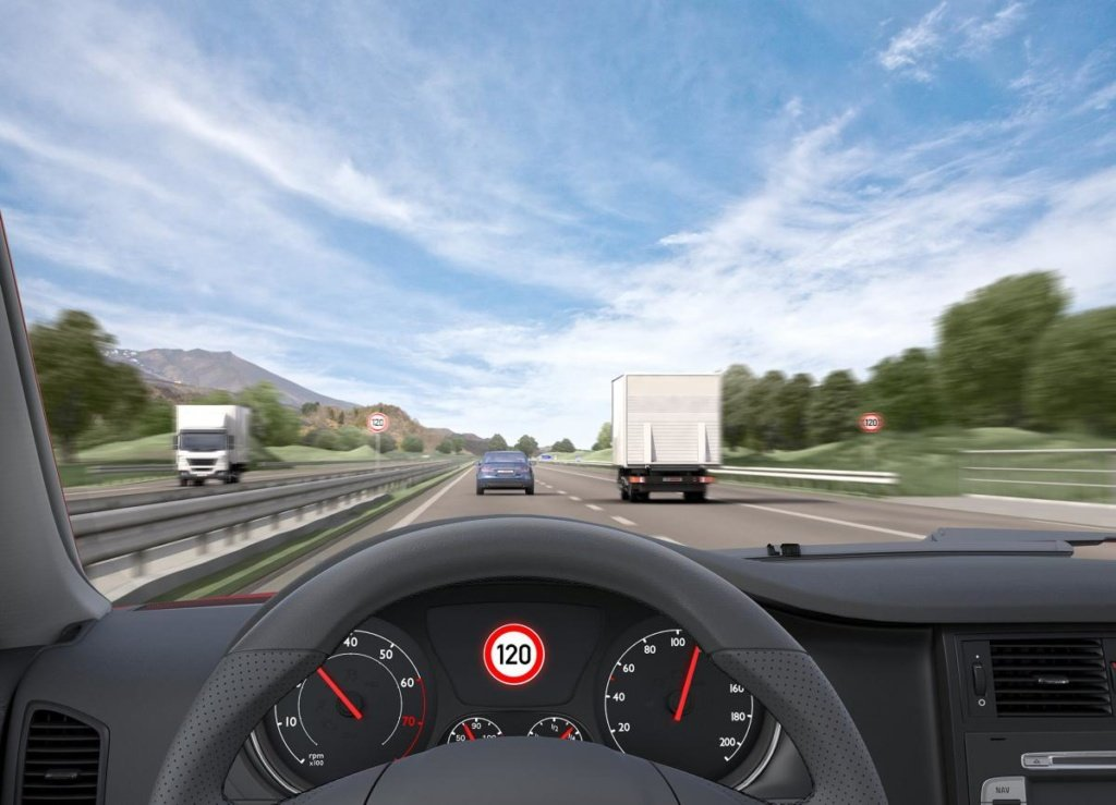 Система распознавания дорожных знаков шкода