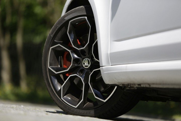 Skoda Octavia Combi RS детали