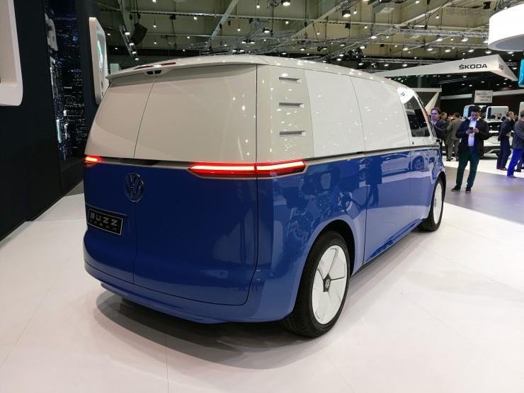 Volkswagen ID. Buzz Грузовой вид сзади