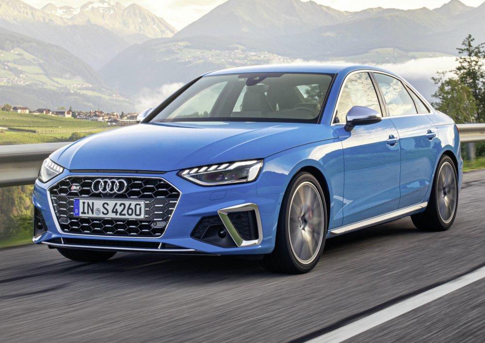 Audi A4 после фейслифтинга - слабый дизель или сильный бензин?